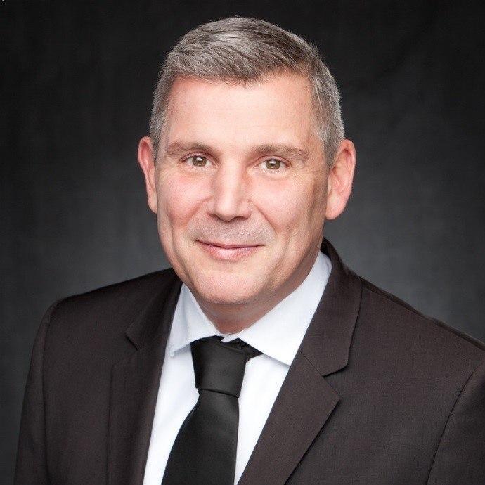 Simon O'Brien